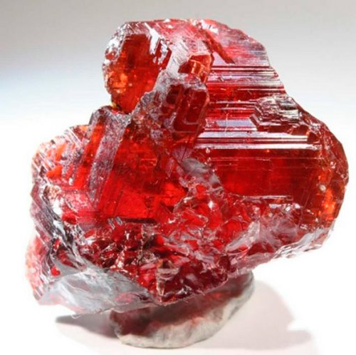 Драгоценные камни - разновидности Граната