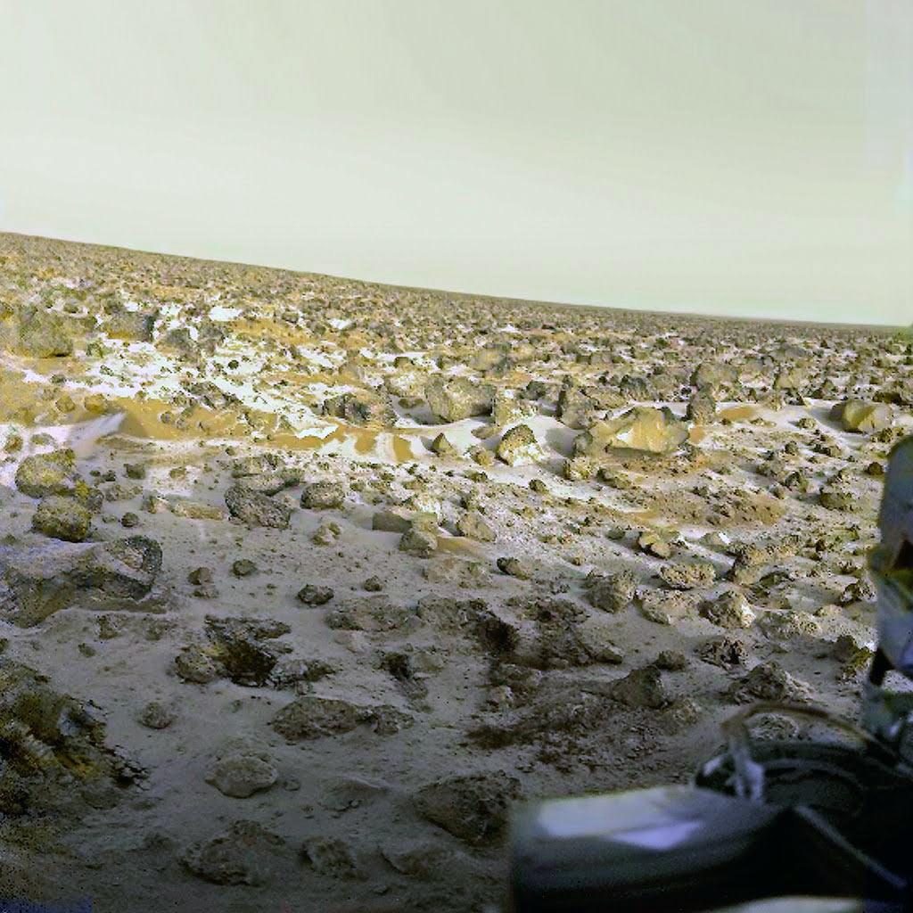Снег на Марсе - пейзаж, как его увидел один из марсоходов