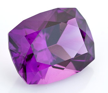 Драгоценный камень аметист - тоже кристалл кварца