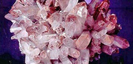Драгоценные камни - минералы группы кварца (Авантюрин,Аметист,Горный хрусталь)