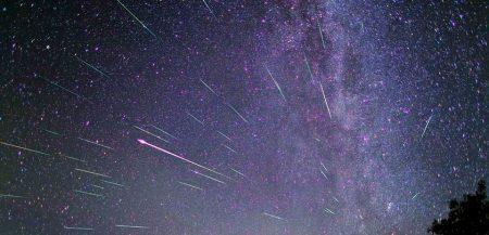 метеорный поток Персеид, снятый на длительной выдержке