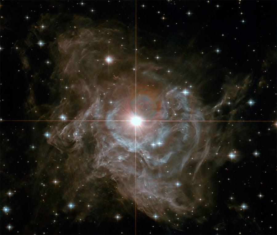 Цефеида - переменная звезда RS созвездия Кормы. Период её пульсация составляет 40 дней