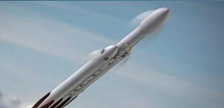 Сверхтяжелая американская ракета Falcon Heavy - рекордсмен по грузоподъемности?