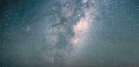 Почему с Земли звезды видны, а из космоса нет