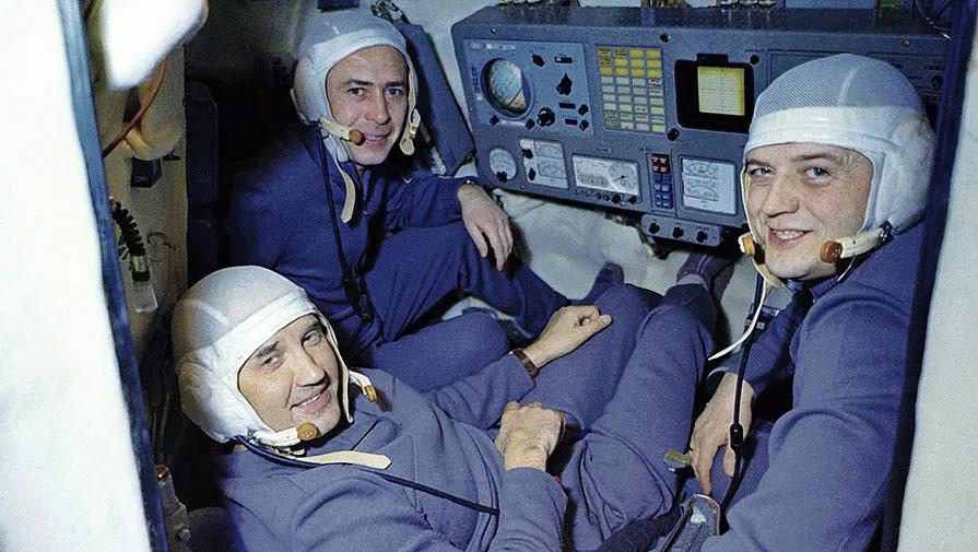 Экипаж «Союз-11»: Георгий Добровольский, Владислав Волков и Виктор Пацаев