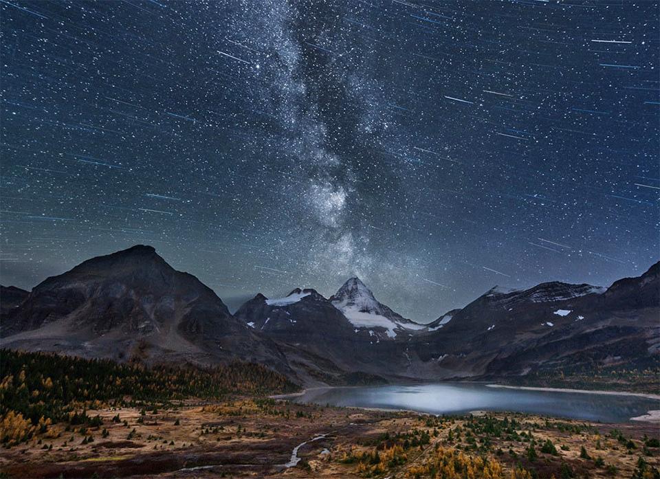 Млечный путь - если смотреть невооруженным взглядом, сплошное «молочное» пятно