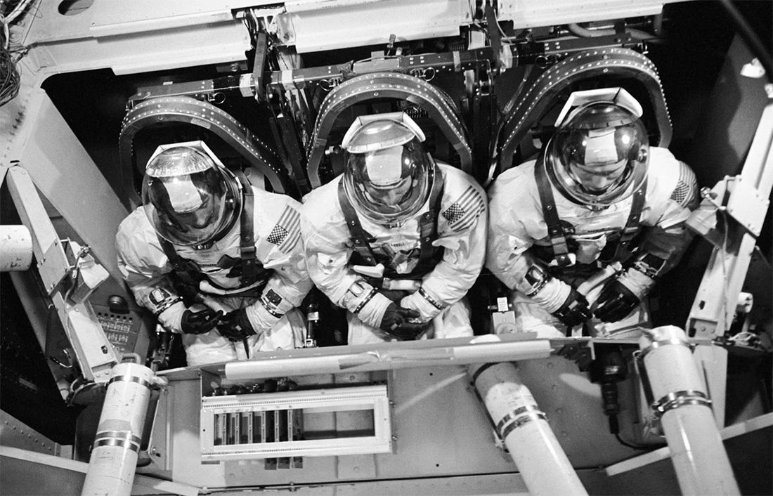 Экипаж американского космического корабля «Аполлон-8»