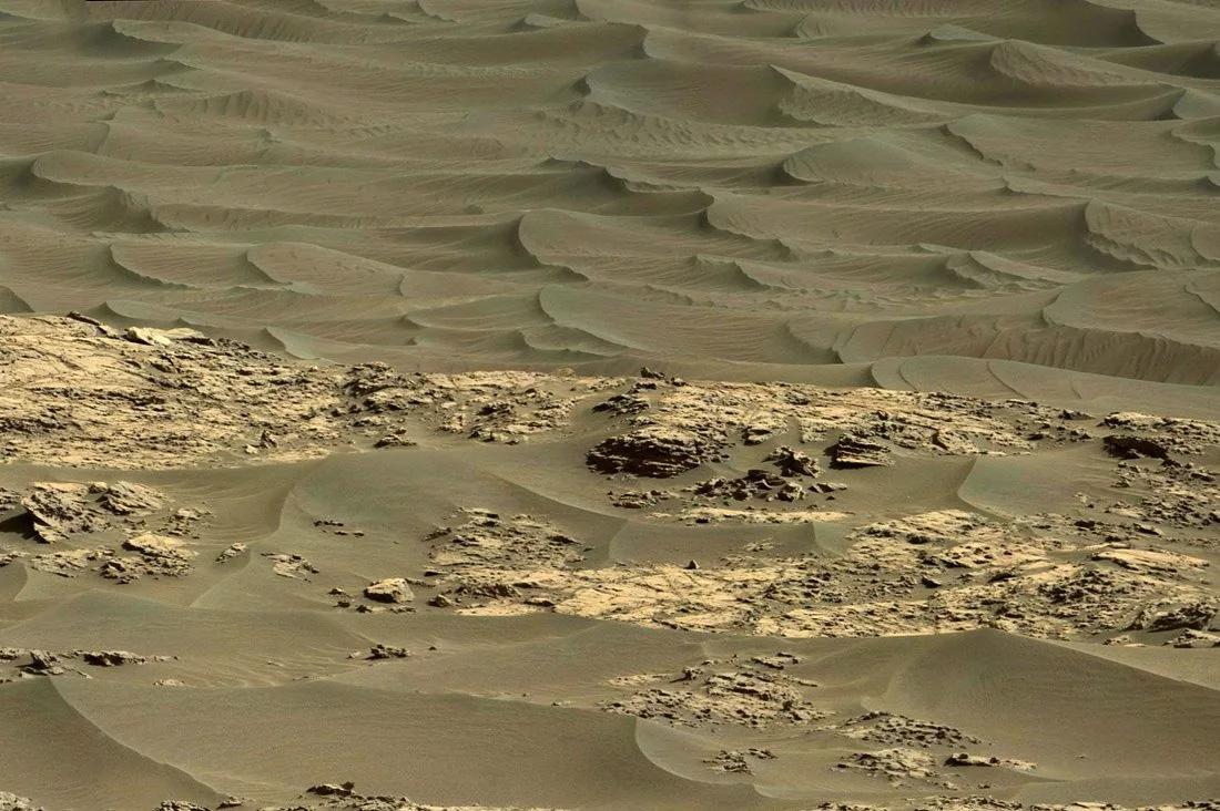 Марсианские пустыни похожи на земные? Ответы даст ветер