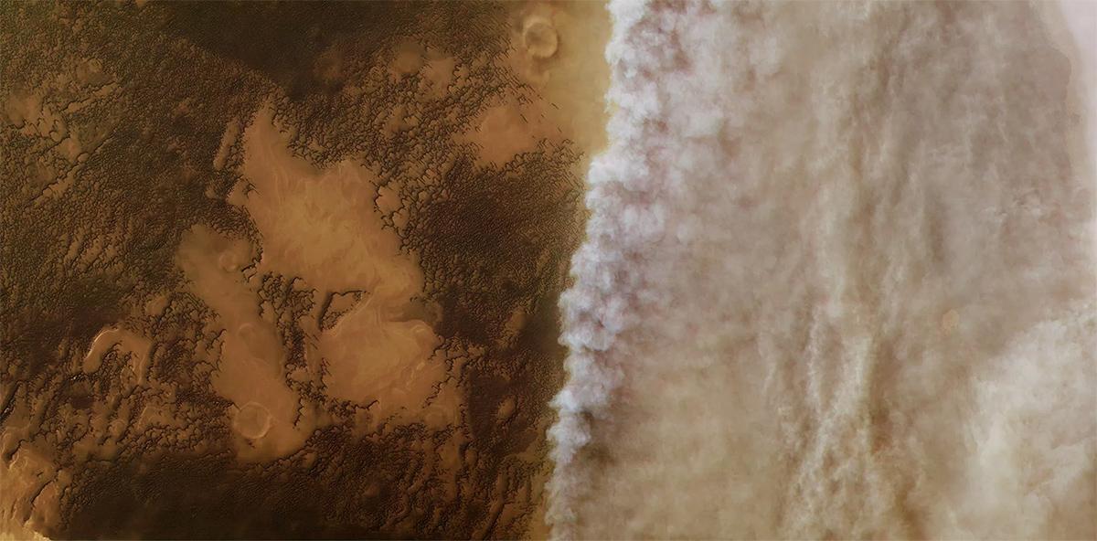Снимок с орбиты Марса показывающий начало пылевой бури