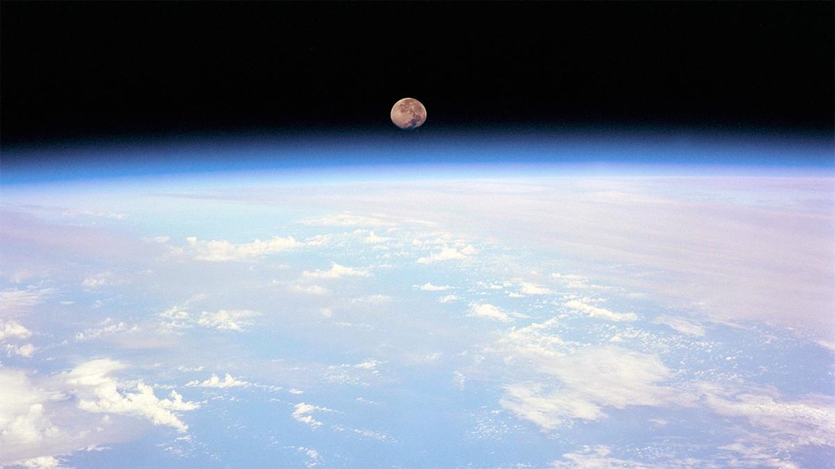 Что если Луна завтра исчезнет
