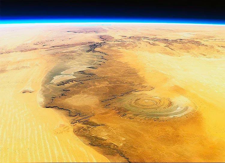 «Глаз Сахары» или «структура Ришат» гигантское геологическое образование в пустыне Сахара