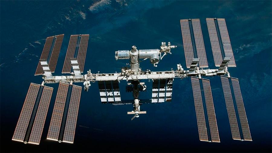 Долговременные космические станции : МКС и более ранний «Мир» - полигоны для отработки автономных космических станций будущего