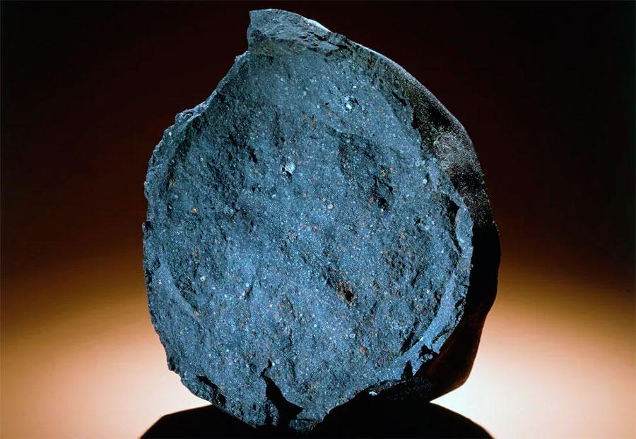 Метеорит Марчисона (1969 г.) послужил «донором» для набора «космических» аминокислот