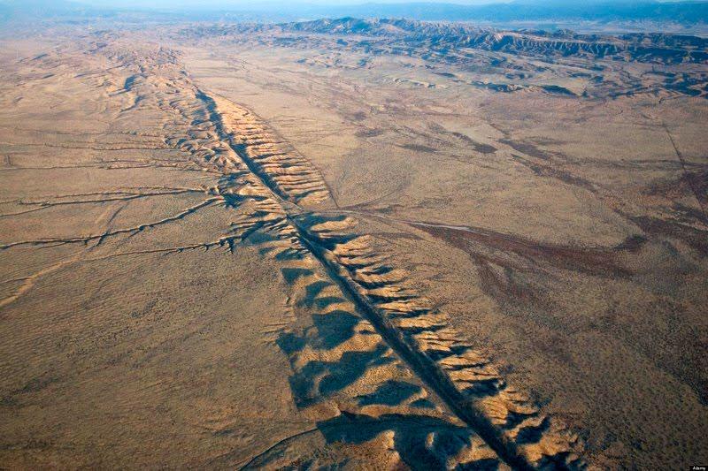 тектонические плиты и разломы на Марсе