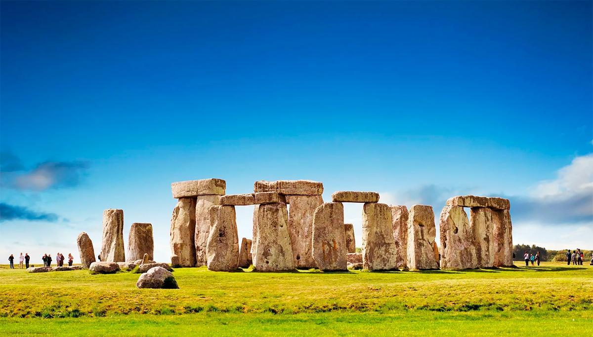 Стоунхендж - фотографии с высоты человеческого роста, гигантские камни