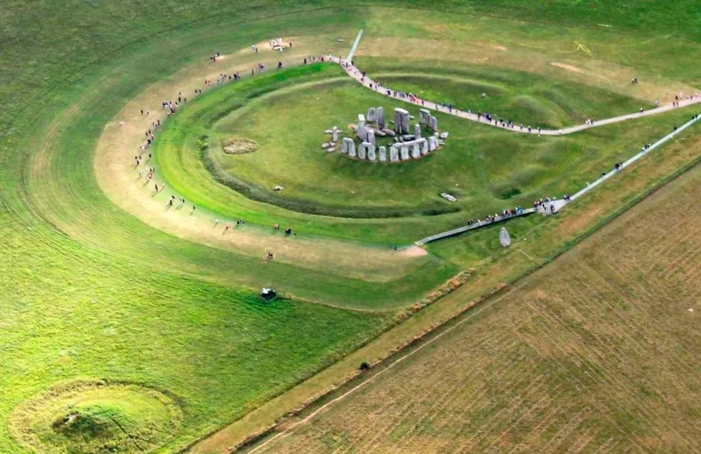 Стоунхендж - древняя обсерватория каменного века