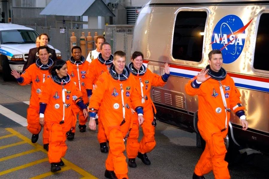 Экипаж шаттла «Колумбия» незадолго до старта.
