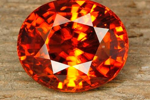 Гиацинт - вид циркона, драгоценный камень