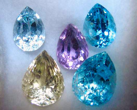 Имитации драгоценных камней